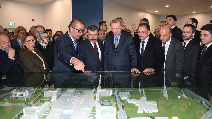 Avrupa'nın en büyük hastanesi açıldı