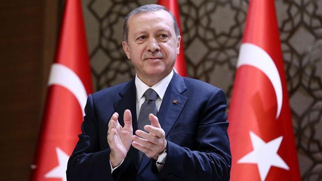 Cumhurbaşkanı Erdoğan, şampiyon Galatasaray'ı tebrik etti
