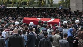 Şanlıurfa'da şehit polisi son yolculuğuna meslektaşları uğurladı