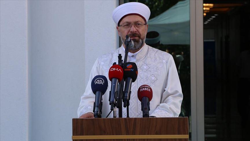 Diyanet İşleri Başkanı Erbaş: Aile müessesesi bozulursa toplum bozulur