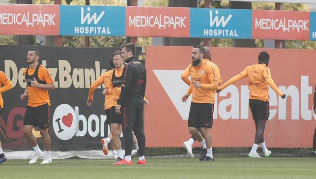 Galatasaray şampiyon olursa 15 futbolcu bir ilk yaşayacak