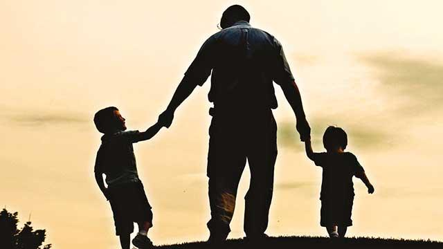 Cennetin iki kapısı anne ve baba