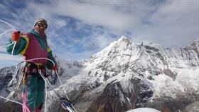 Nepalli dağ rehberi Kami Rita, Everest zirve rekorunu bir kez daha kırdı