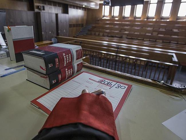 Eski Yargıtay üyesi Akarsu'ya FETÖ üyeliğinden 10 yıl hapis cezası verildi
