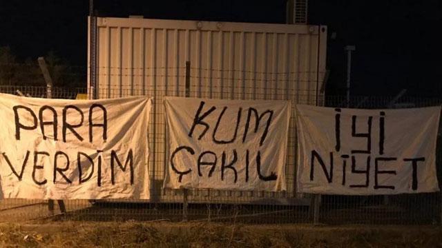 Bursaspor taraftarlarından büyük öfke! 'Yeter istifa'