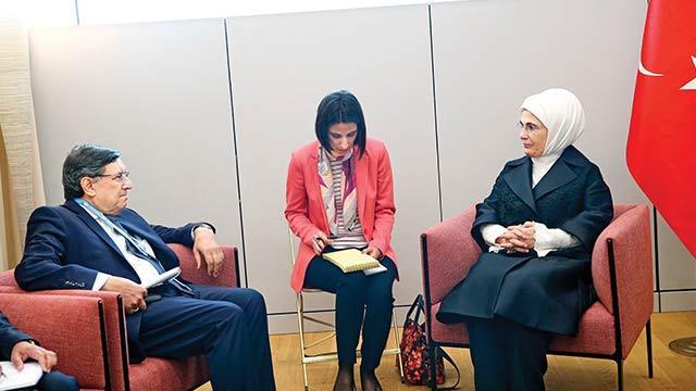 Emine Erdoğan: Dünyanın en cömert ülkesi sıfatını taşıyoruz