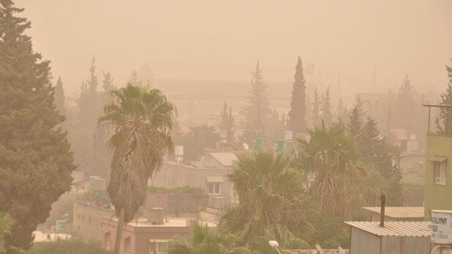 Aydın'da bugün akşam saatlerinden itibaren toz taşınımı bekleniyor