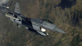 Son dakika... Irak'ın kuzeyi Hakurk bölgesine düzenlenen hava harekatında terör hedefleri vuruldu