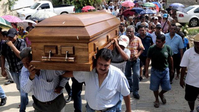 Meksika'da çeteler arasından çıkan silahlı çatışmada 9 kişi öldü
