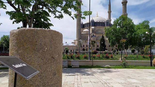 Osmanlı medeniyetinin hassasiyeti 'taşlarda' gizli
