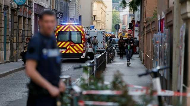 Fransa'da bombalı saldırı: 7 yaralı