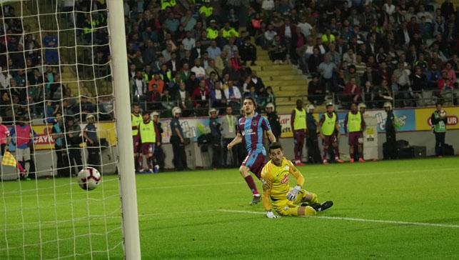 Trabzonspor üç puanı üç golle aldı