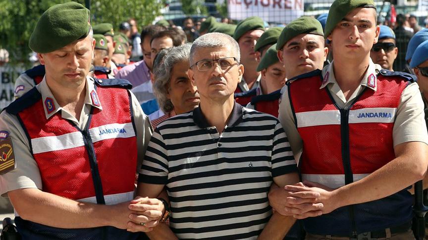 FETÖ'den Yunan'a tweetli istihbarat ihaneti