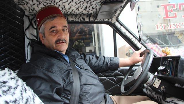 Erzurumlu Ebubekir Taşbaşı'nın tasarladığı arabayı sadece kendi kullanabiliyor