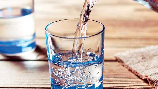 Efendimizin sünneti: Suyu üç yudumda içmek