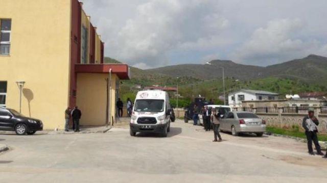 Diyarbakır'da kanlı pusu: Muhtar ve babası öldü