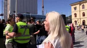 Norveç'te İslam karşıtı gösteride Kur'an-ı Kerim provakasyonu