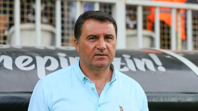 Mustafa Kaplan istifa etti