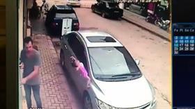 Sakarya Akyazı'da beton zemine düşen 2 yaşındaki çocuk olayı burnu bile kanamadan atlattı