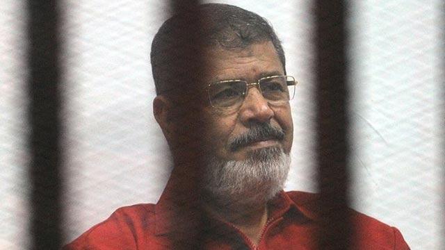 Mursi'nin avukatı Abdulmaksud: Naaşın nereye götürüldüğünü bilmiyoruz