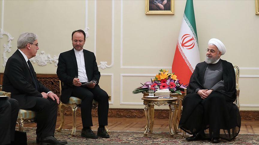 Ruhani'den Fransa'ya 'nükleer anlaşmadaki tarihi rol için az zaman kaldı' uyarısı