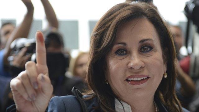 Guatemala'daki devlet başkanlığı seçimlerinin ilk turunda kazanan Torres oldu