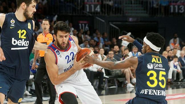 Final serisinde Anadolu Efes büyük avantaj sağladı