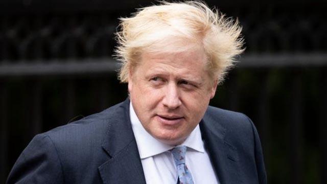 İngiltere'de Avam Kamarası'nda yapılan ikinci turun galibi Boris Johnson oldu