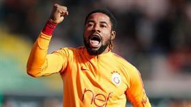 Galatasaray, Christian Luyindama'nın bonservisini aldı ve 4 yıllık sözleşme imzaladı