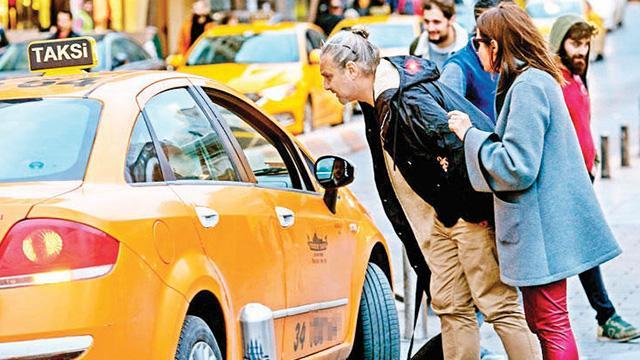 Taksicilere davranış eğitimi
