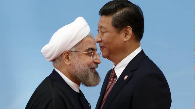 Çin ABD'nin yaptırımlarına rağmen İran'dan enerji ithalatına devam ediyor