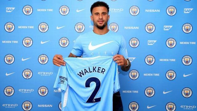 Manchester City, Kyle Walker'ın sözleşmesini uzattı