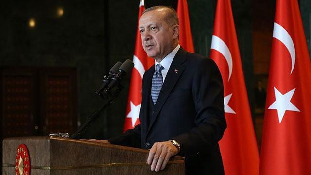 Başkan Erdoğan: Kimsenin milletin alicenaplığına leke sürme hakkı yok