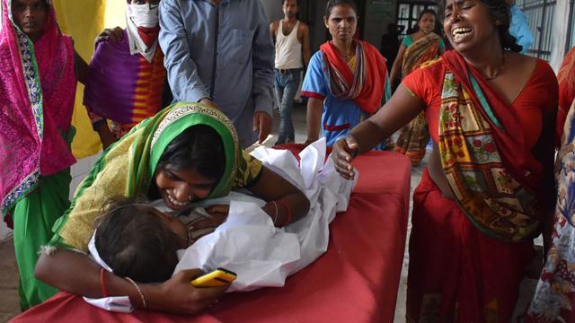 Hindistan'da beyin iltihabı salgınında ölen çocuk sayısı 152'ye yükseldi