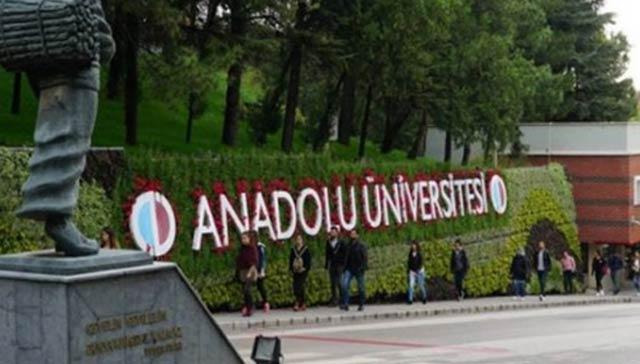 AÜ'den 60 yaş üzeri bireylere 'Tazelenme Üniversitesi'