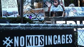 ABD'de kötü şartlardaki merkezdeki göçmen çocuklar nakledildi