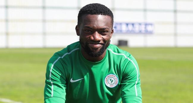 Azubuike'yi Ahmed Hassan getirecek