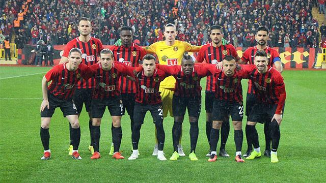 Eskişehirspor yeni sezon öncesi -6 puan silme cezası ile karşı karşıya