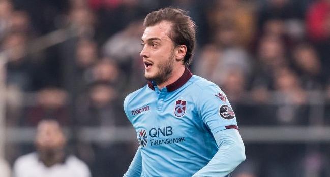 Trabzonspor'da ayrılık! Batuhan Artarslan'ın sözleşmesi feshedildi