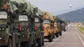 Suriye sınırındaki birliklere komando sevkiyatı
