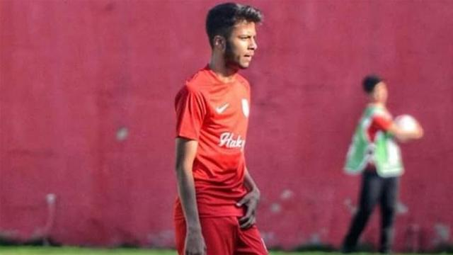 Trabzonspor Taha Tunç ile sözleşme imzalıyor