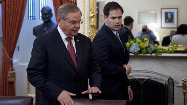 ABD, silah ambargosunun kaldırılması için Rum yönetimine 'Rusya' şartı koydu
