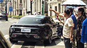 Porsche'un Türkçe isim koyduğu otomobili ilk kez görüntülendi