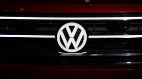 Alman otomotiv devi Volkswagen Türkiye yatırımı için İzmir'i tercih etti