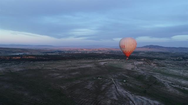 Frigya'da ilk sıcak hava balonu havalandı