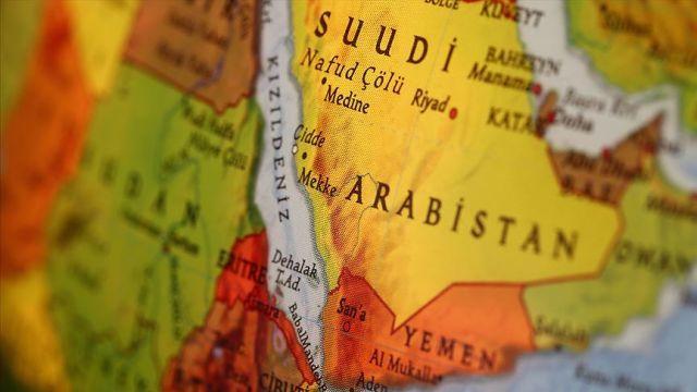 Husilerden Suudi Arabistan'ın güneybatısına saldırı