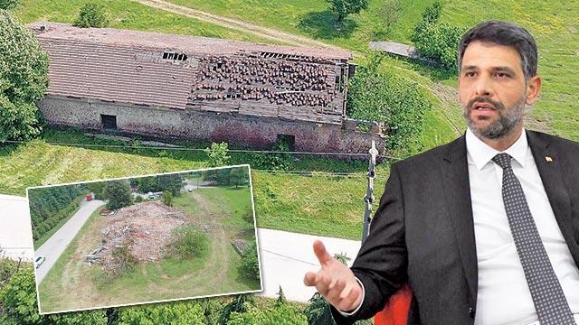 Tarihi binayı yok ettiler