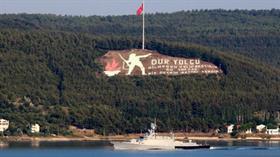 Rus savaş ve askeri kurtarma gemileri Çanakkale Boğazı'ndan geçerek Akdeniz'e yol aldı