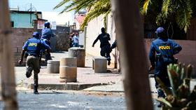 Güney Afrika'da düzenlenen silahlı saldırılarda 43 kişi öldü