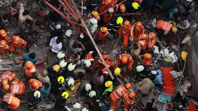 Hindistan Mumbai'de bina çöktü: 7 ölü